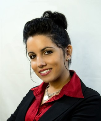 2014 01 05_Lidia Headshots_0170_edited-1 (Medium)